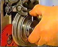 299圆头锁眼机维修视频14