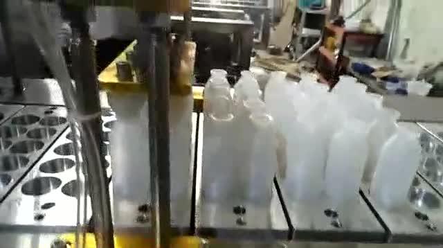 8型牛奶瓶灌装封口机(2*4)