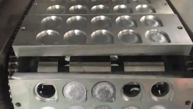 QCF-10果冻灌装封口机